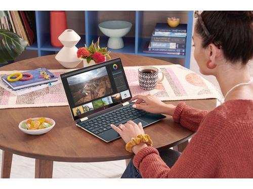 """HP Spectre x360 Conv 13-aw0006nw i5-1035G4 13.3""""FHD Touch 8GB DDR4 SSD512GB PCIe INT Win10 - 8PP42EA"""