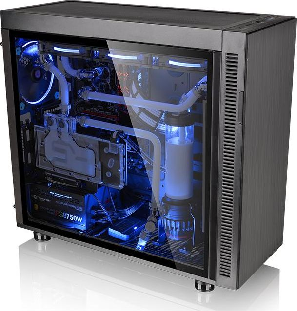 Obudowa Thermaltake Suppressor1.jpg
